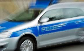 Die polizei suchte vergangene woche in der. Messerattacke In Dresden Mutmasslich Rassistischer Deutscher Sticht Libyer In Den Hals Politik Tagesspiegel