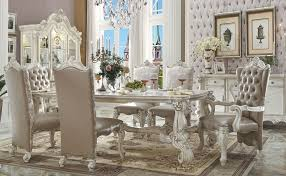 Dining Tables Victorian style dining table. Furniture furnishings. 599324