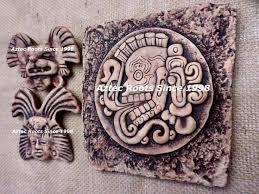 Resultado de imagen para guerrero  solar  amarillo  calendario  maya