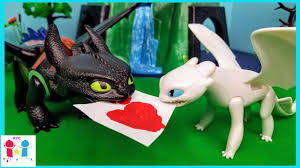 How To Train Your Dragon 3 Playmobil Light Fury Toothless Meets Lightfury Part 2 Httyd 3 The Hidden World Playmobil Skit Parody