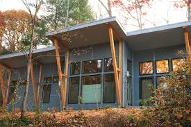 Off the grid modern prefab homes Eco Modern Green Living Crismateccom Ecofriendly Prefab Homes You Can Order Right Now Curbed