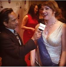 Designer and Founder of the Sash bag, Nichole MacDonald, being interviewed  at the PSW Emmy Awards www.thesas…   Womens crossbody bag, Emmy awards,  Purses crossbody