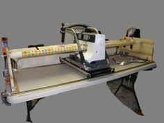 Simple DIY machine quilting frame. I don't know how on earth I ... & Homemade Quilting Frame or Table Adamdwight.com
