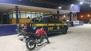 PRF recupera motocicleta roubada e prende homem por crime de receptação em  Alagoas - Alagoas 24 Horas: Líder em Notícias On-line de Alagoas