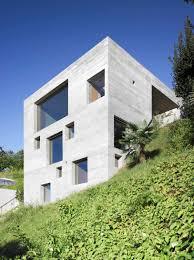 Die Kraft Des Beton Wohnhaus Im Tessin Von Wespi De Meuron Romeo Architektur Beton Fassade Beton Architektur L