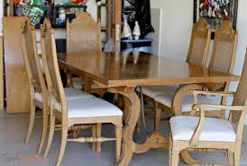 size thomasville dining table