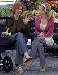 Carrie Bradshaw Carrie Bradshaws Best Spring Outfits From Sex And The City Glamour