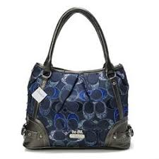 Coach Poppy In Signature Medium Navy Totes AEH Summer Outfits,fashion  designer bags for ladies,Coach handbags are the best!