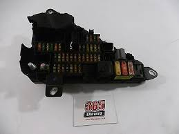 bmw 5 series fuse box replacement fuse boxes bmw 5 series 525d e60 e61 fusebox relay power distribution box 6906599