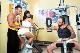 XXX porn dot pictures Super hot chick gets fucked in the gym