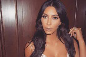 Nicki Minaj Just Shaded Racists And Kim Kardashian s Nude Selfies.