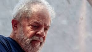 Resultado de imagem para Supremo suspende transferência de Lula para São Paulo