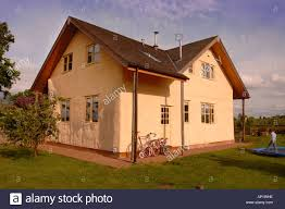 A HOUSE BUILT WITH STRAW BALE WALLS WITH A RENDERED COVERING  GLOUCESTERSHIRE UK