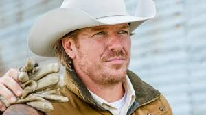 """FIXER UPPER Star Chip Gaines Says Raising Children Is """"The Honor ..."""