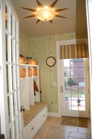 Apartment:Small Entryway On The Modern Room With Nice Outlook Fit On Peach  Title Small