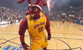 Fort Wayne Mad Ants Basketball Game At Allen County War Memorial Coliseum On January 1 Or 3 Up To 72 Off