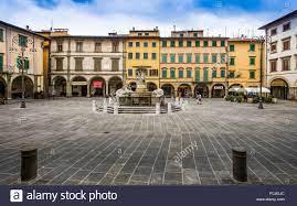 Farinata Degli Uberti Square Empoli High Resolution Stock Photography and  Images - Alamy