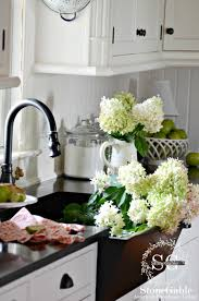 Decorative Chickens For Kitchen What Is Farmhouse Style And 10 Ways To Get It Stonegable