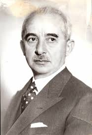 Asker olarak derin bir altyapısı olan İsmet İnönü, aynı zamanda önemli bir Cumhuriyet Dönemi siyasetçisidir. Osmanlı İmparatorluğu yıllarında Osmanlı ... - ismet-inonu-resimleri