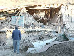 Deadly earthquake rattles eastern Turkey