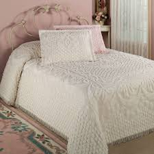 chenille bedspreads queen size. Brilliant Size Kingston Chenille Bedspread On Bedspreads Queen Size H