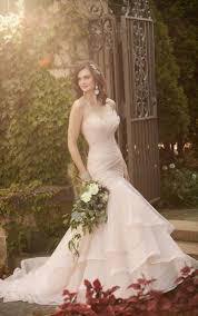 Top 10 Bridal Dress Designers Top10 Luxury Designer Wedding Dresses Plus Size Wedding