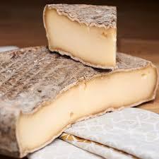 Le Saint Nectaire Fermier : un fromage comptoir des affineurs