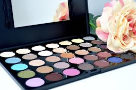 crown brush crown brush eyeshadow palette palette eyeshadow shadow back to