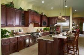 The Long Design Of This L Shaped Kitchen Lines Most Items Up On One Side Of  The Kitchen. The Island Sink Makes It Easy To Turn Back And Forth From The  Stove ...
