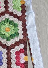 Quick Quilting Tips - how to finish the edge of hexagon quilts &  Adamdwight.com