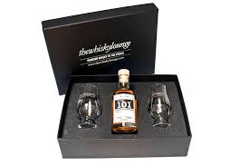 dram 101 whisky gift box and tasting gles