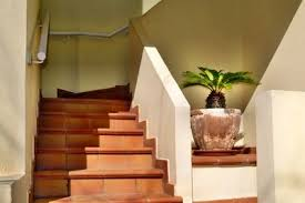 So bauen sie einen treppenhandlauf aus holz. Treppengelander Mauern So Geht Es Mit Kalksteinen