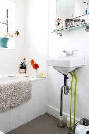 cast iron bathtubs and sinks are a common fixture in older homes and now we re seeing them pop up in many newer remodels because of their unique vintage