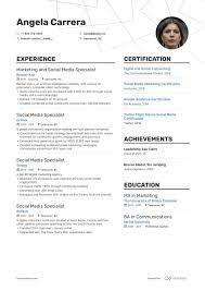 Currently seeking a social media intern position with a modern firm. Top Social Media Marketing Resume Examples Samples For 2021 Enhancv Com