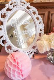 beauty bar mirror sign from a beauty boutique garden party on kara s party ideas karaspartyideas