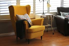 Yellow Chairs For Living Room Jess And The Gang A Yellow Chair
