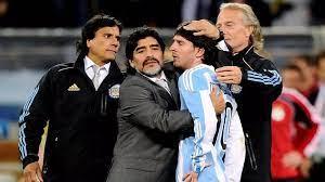 """مارادونا وميسي... نجما منتخب """"التانغو"""" العبقريان جمعتهما علاقة متقلبة حسب  مزاج """"الفتى الذهبي"""""""