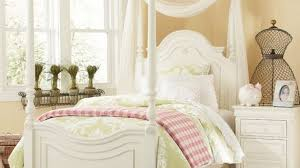 Little Girl Canopy Bed Toddler Princess Bedroom Ideas Incredible ...