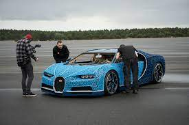 It's the second 'ultimate technic' supercar to be released, two years after 42056 porsche 911 gt3 rs, and is built to the same 1:8 scale as the porsche. Lego Builds Life Size And Drivable Lego Technic Bugatti Chiron Awesometoyblog