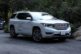 2017 gmc acadia shows up more compact as compared to it's ancestor 2007 GMC Sierra Fuse Box at 2017 Gmc Acadia Fuse Box