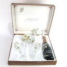 perrier jouet belle epoque 1983 chagne 2 gles bowl giftset wine auctioneer wine auctions wine auction