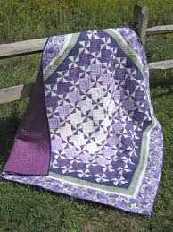 147 best Purple quilts images on Pinterest | Beading, Facts and Ideas & Lovely purple and white quilt Adamdwight.com