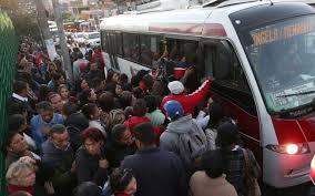 Resultado de imagem para imagens de greve de ônibus