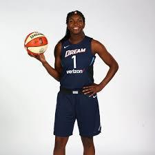 Who Is WNBA Player Elizabeth Williams?   POPSUGAR Fitness