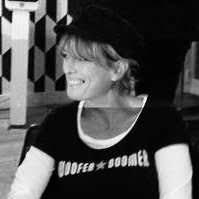 Joanne: English copywriter in Paris - Copywriter Collective