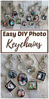 diy personalized photo keychain charm pendants make an easy wedding favor and gift idea perfect for mother s day father s day