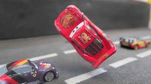 cars 3 lightning mcqueen crash scene repair next gen piston cup racers ruseze in for kids you