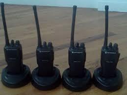 motorola walkie talkie cp200. 4 motorola cp200 on charging stand walkie talkie cp200