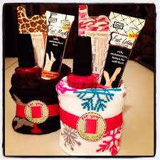 Cute Christmas gift idea! Roll up a pair of socks and add nail polish,