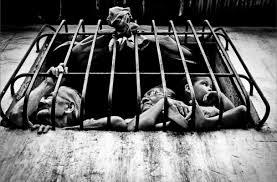 b w street photography essay venezuela edge of humanity magazine b w street photography essay venezuela